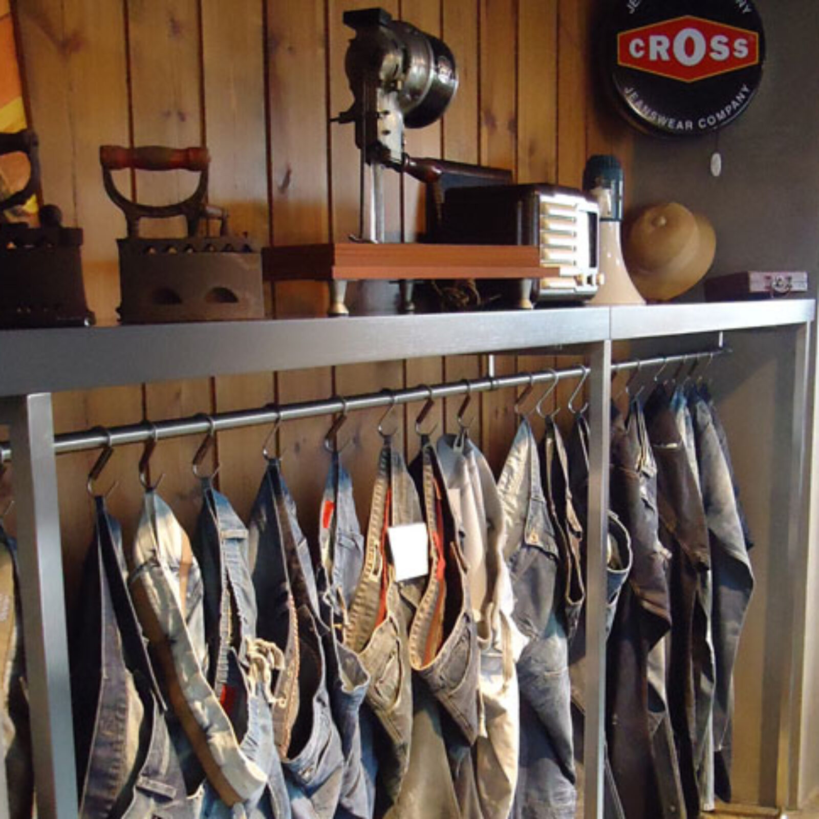 Cross Jeans Showroom